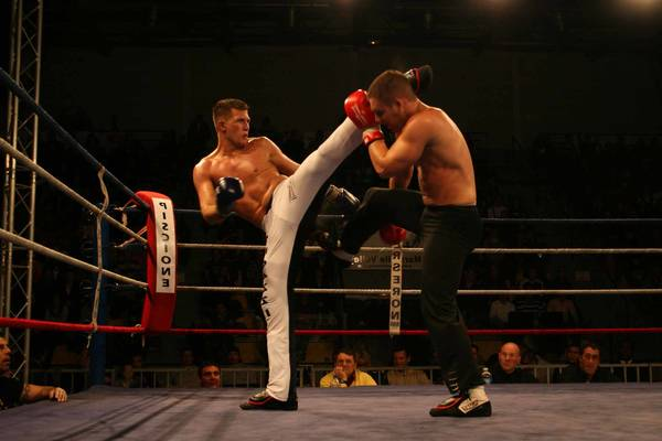boxe pied poing video